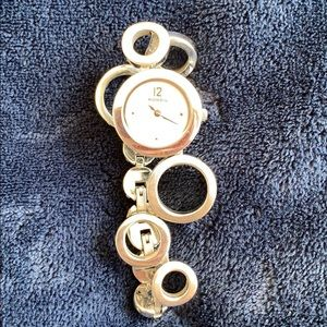 Silver Fossil watch with circle band